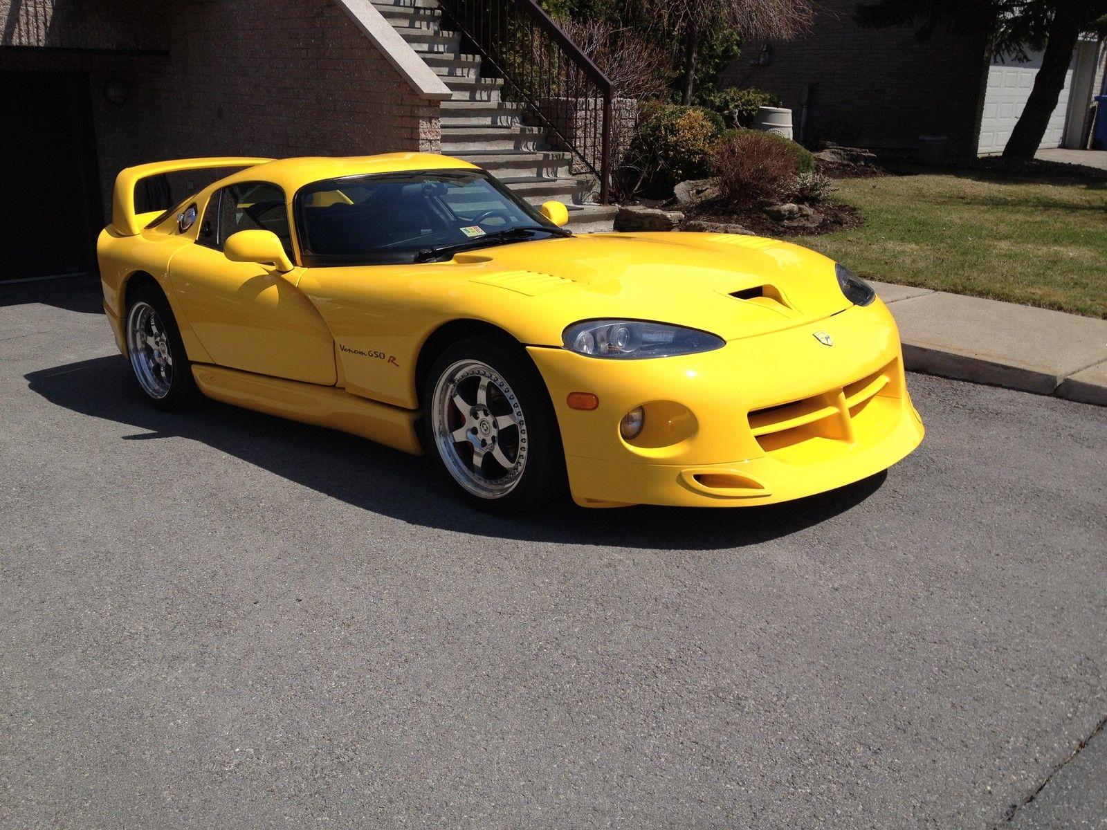 Dodge-Viper-GTS-Hennessey-Venom-R-wallpaper-wp5202915
