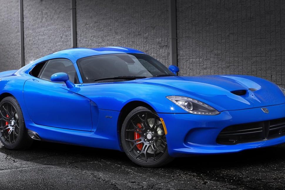 Dodge-Viper-It-may-be-less-powerful-than-a-Hellcat-but-Dodge's-Viper-is-still-venom-wallpaper-wp52048