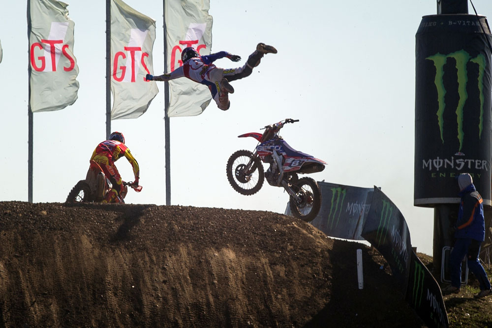 Eli-Tomac-is-one-tough-dude-…-fill-in-the-photo-caption-wallpaper-wp5007106