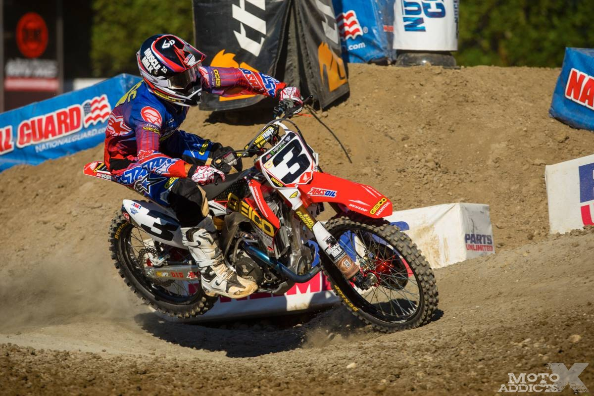 Eli-Tomac-qualified-through-his-heat-race-but-a-flat-tire-caused-a-main-event-DNF-for-the-Photo-wallpaper-wp5007107