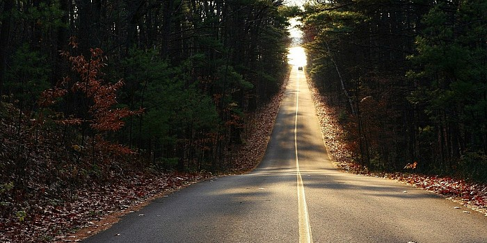 Empty-road-wallpaper-wp3405232