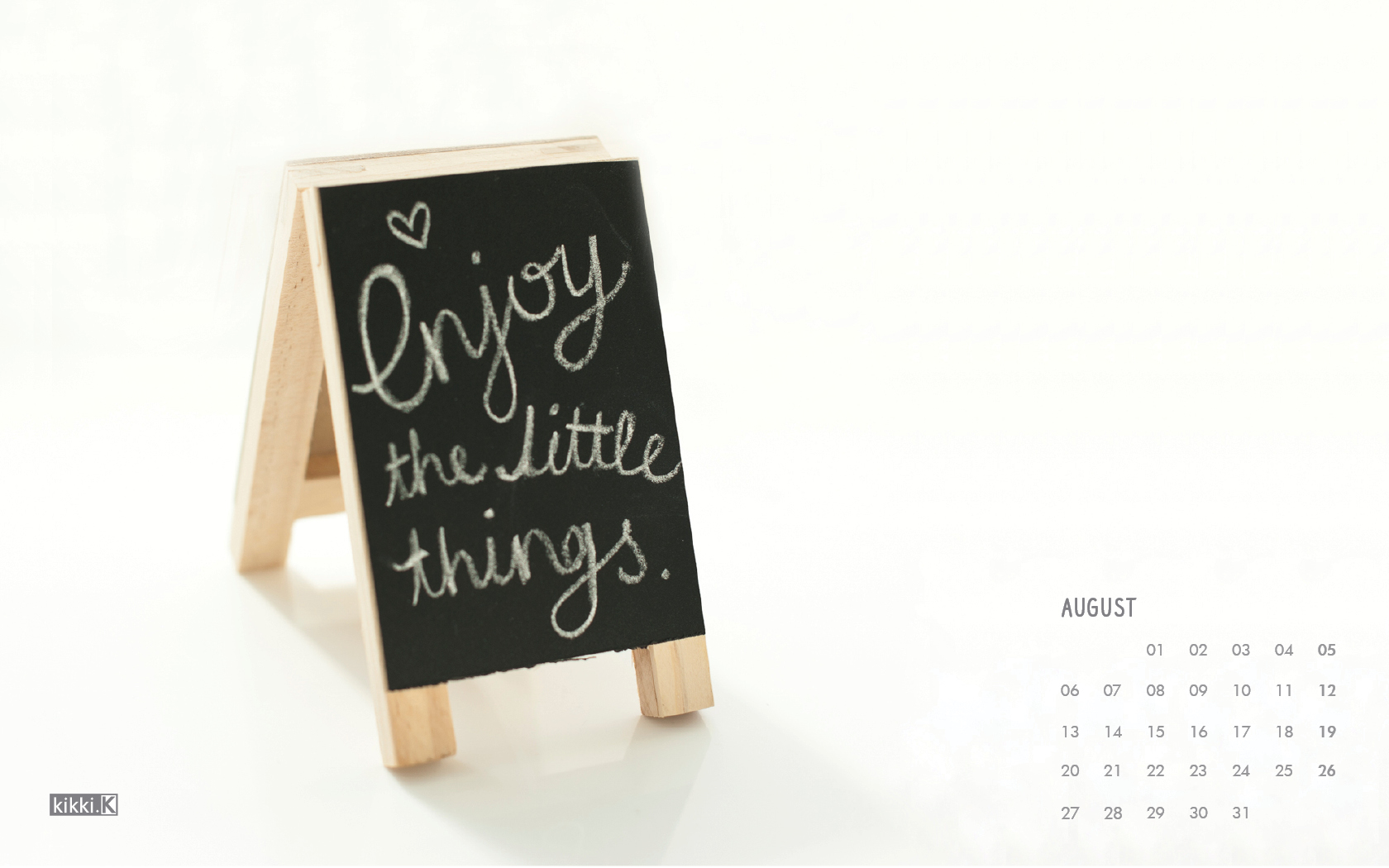Enjoy-the-little-things-in-August-with-our-freeour-desktop-calendar-x-wallpaper-wp5206211