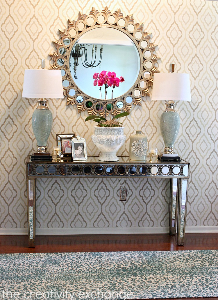 Entryway-accent-wall-papered-with-wallpaper-wp425247-1