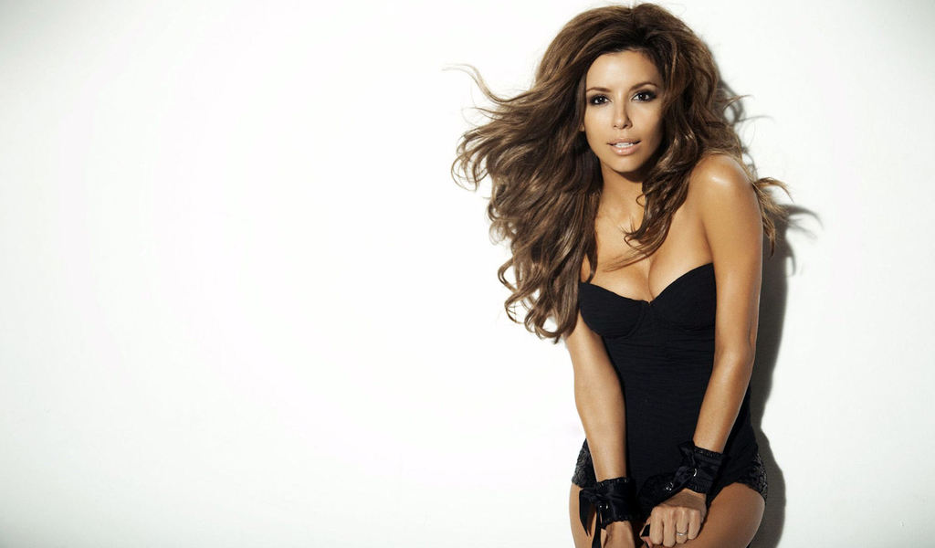 Eva-Longoria-Join-thousands-of-members-collecting-beautiful-signed-celebrity-pictu-wallpaper-wp5007179