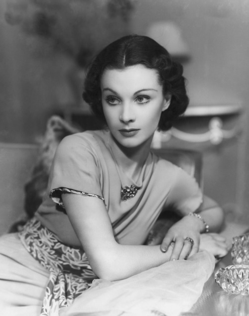 Everything-about-Vivian-Leigh-wallpaper-wp4806237