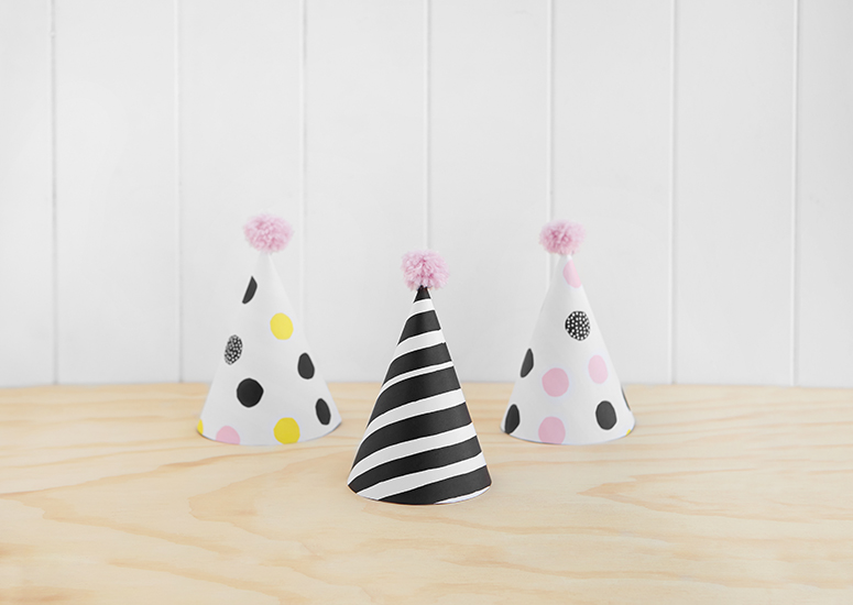 Find-our-free-downloadable-printable-template-for-DIY-paper-Party-Hats-with-mini-pompoms-They-re-t-wallpaper-wp5206542
