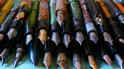Fountain-Pens-wallpaper-wp4806502