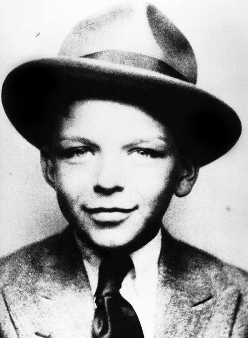 Frank-Sinatra-Age-wallpaper-wp4603289-1