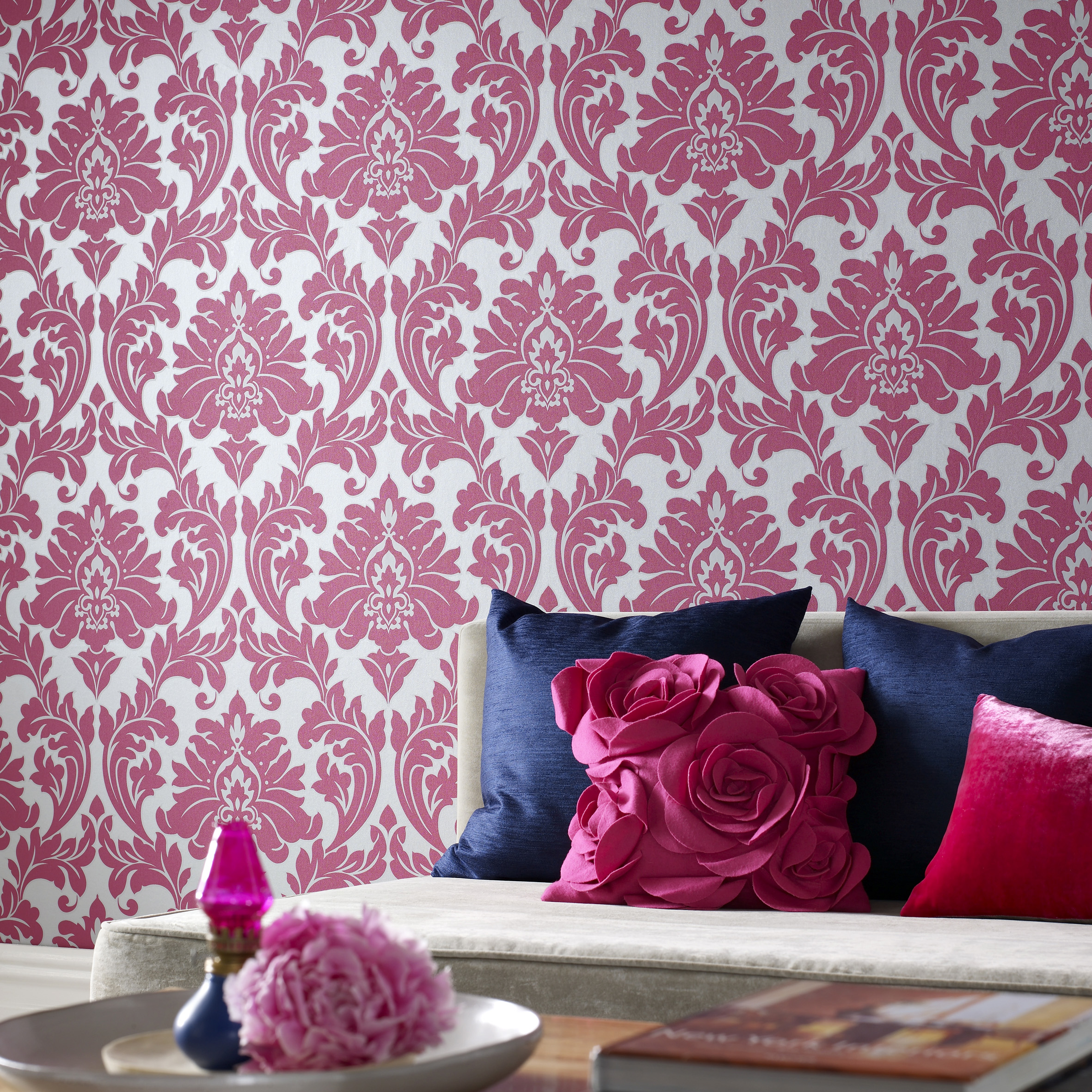 Fun-fancy-and-floral-pink-damask-class-wallpaper-wp5405144