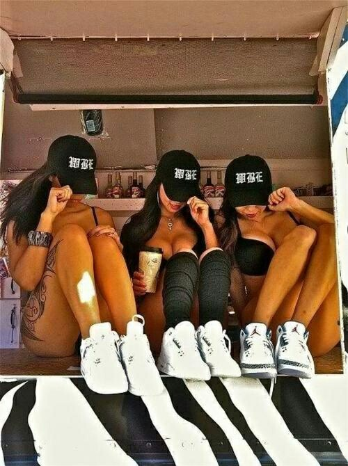 Girls-with-Swag-and-Jordan-s-wallpaper-wp425731