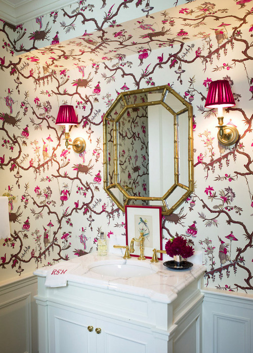 Gorgeous-Chinoiserie-powder-room-with-gilt-bamboo-mirror-fuschia-accents-in-sconce-shade-wallpaper-wp6003746