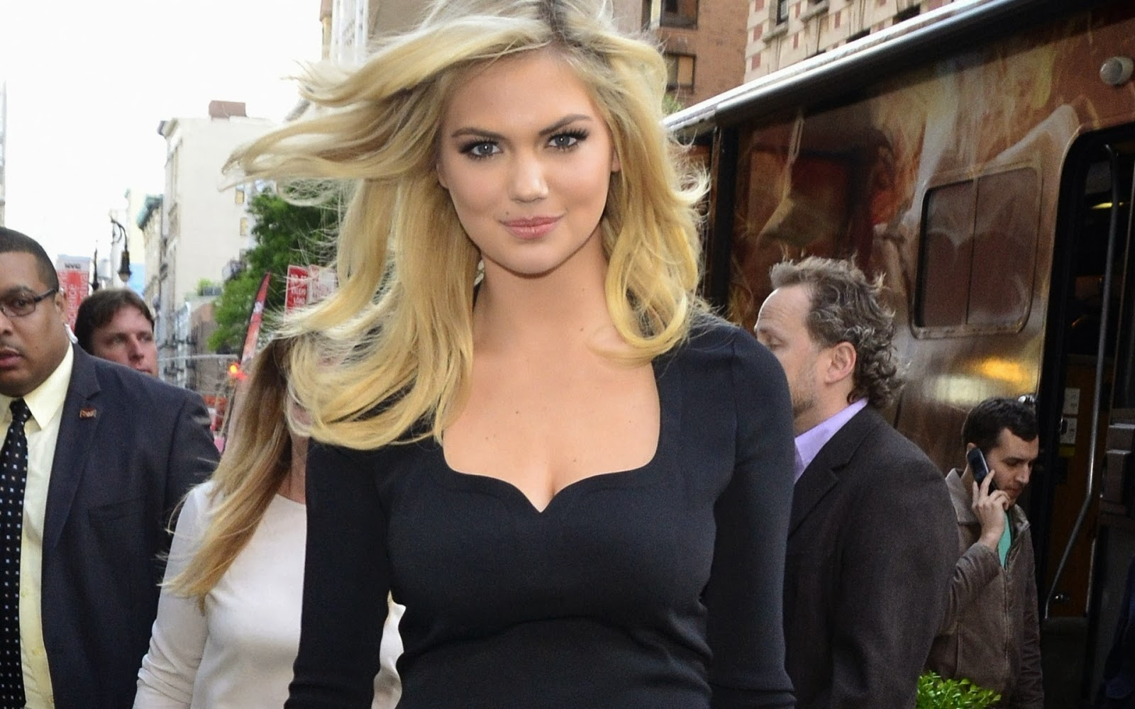 HD-Kate-Upton-HD-Kate-Upton-Female-Celebrity-Pictures-HD-wallpaper-wp4005222