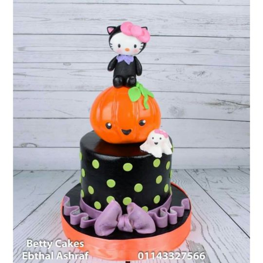 Halloween-Hello-kitty-cake-wallpaper-wp425938-1