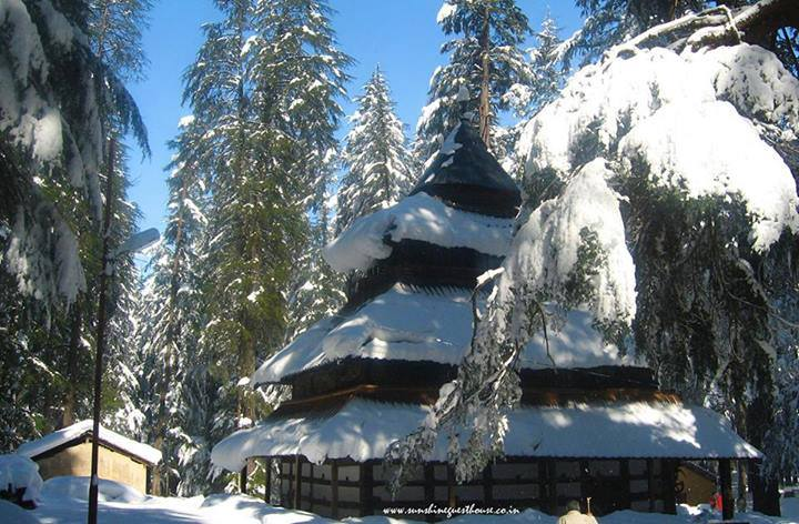 Hidimbi-Devi-Temple-also-known-variously-as-the-Hadimba-Temple-is-located-in-Manali-a-hill-statio-wallpaper-wp5806461