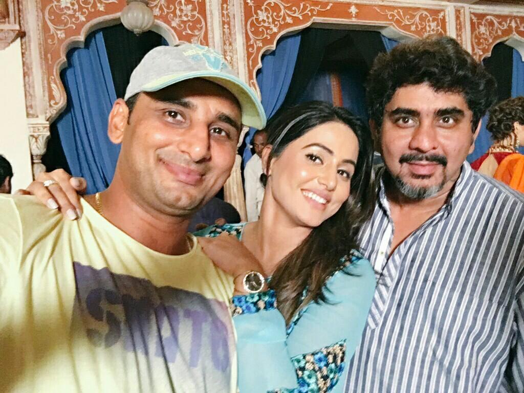 Hina-Khan-Akshara-smile-wallpaper-wp5207494
