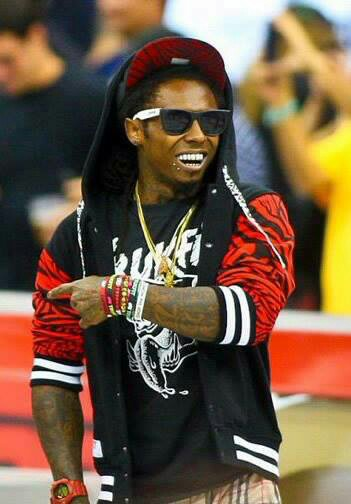 I-m-not-a-great-fan-of-Lil-Wayne-but-he-sure-knows-how-to-look-cool-wallpaper-wp3006868