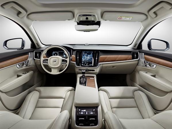 Interior-Blond-Volvo-S-wallpaper-wp3007200