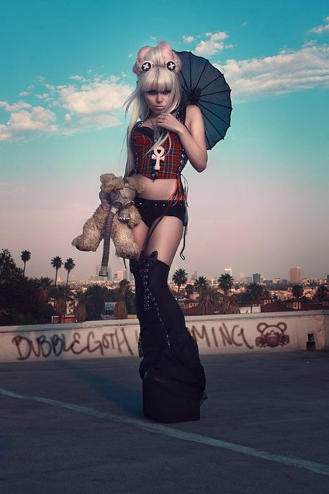 KERLI-and-her-widdle-bear-wallpaper-wp3007688