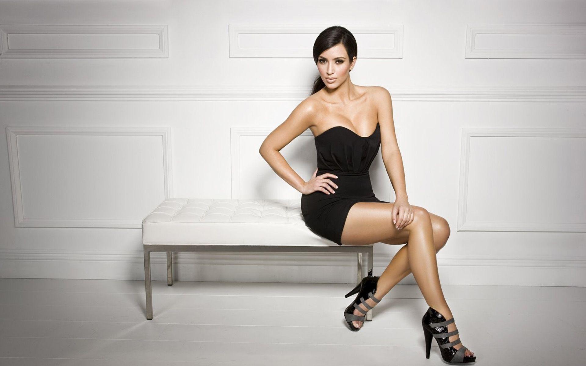 Kim-Kardashian-Pictures-Photos-Screensavers-1920×1080-Kim-Kardashian-Picture-Wallpape-wallpaper-wp3407806