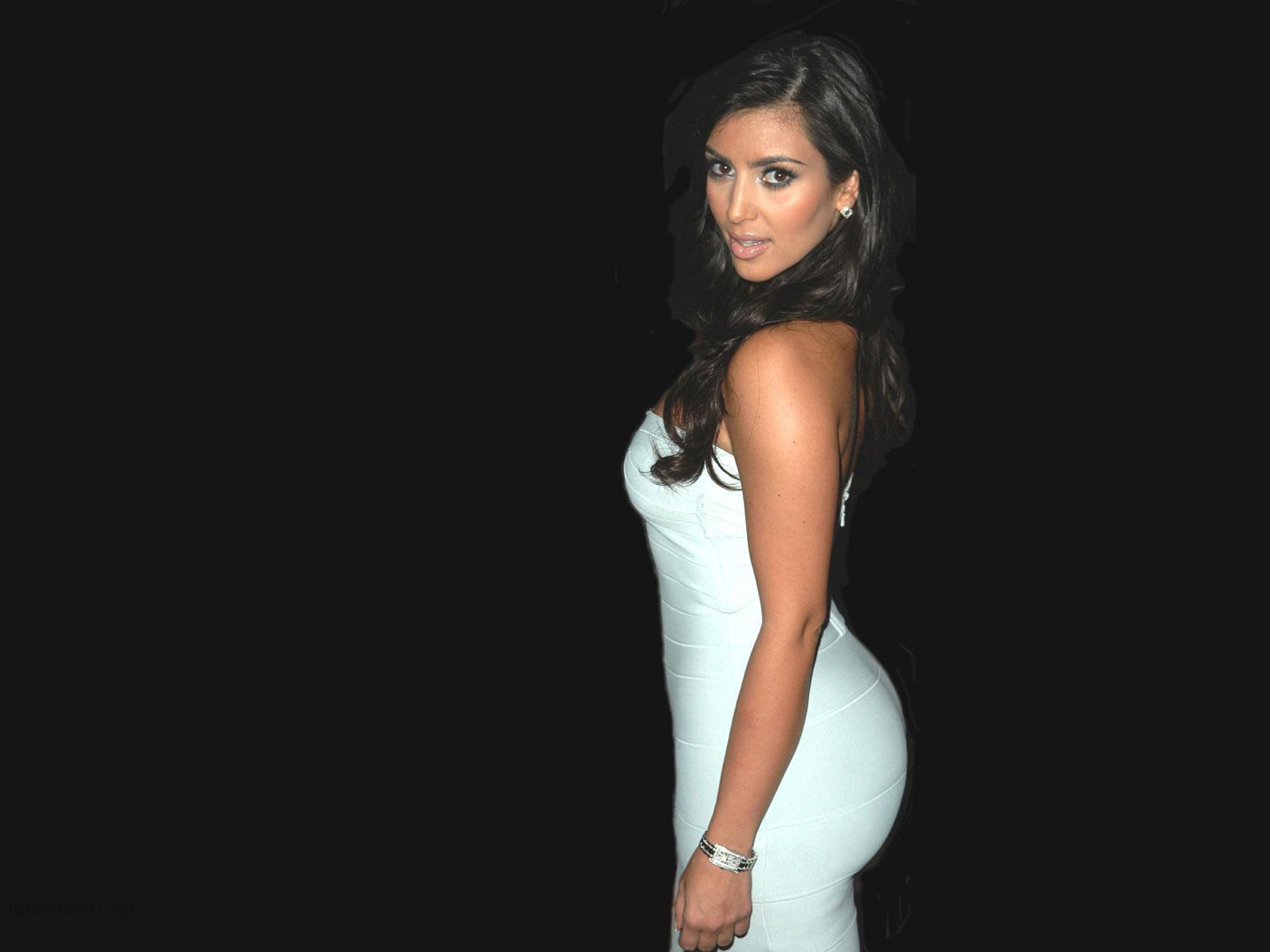Kim-Kardashian-for-iPhone-×768-Kim-Kardashian-Picture-wallpaper-wp3407799