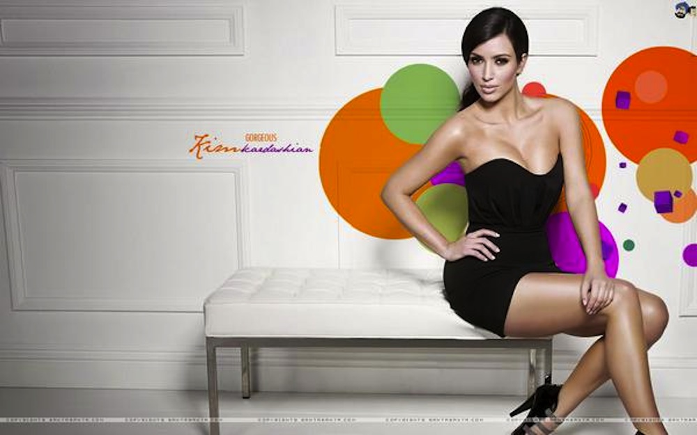 Kim-Kardashian-in-Rami-Kashou-wallpaper-wp3407787