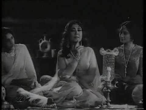 Kise-Pesh-Karoon-Female-Meena-Kumari-Sunil-Dutt-Gazal-YouTube-wallpaper-wp4603101-1