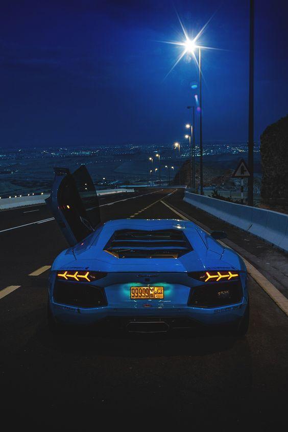 Lamborghini-Aventador-LP-lamborghini-aventador-supercar-wallpaper-wp5208613