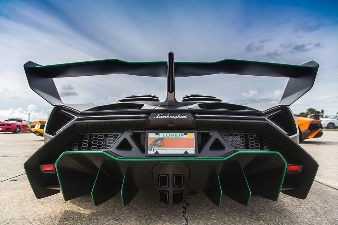 Lamborghini-Veneno-lamborghini-veneno-supercar-wallpaper-wp5208646