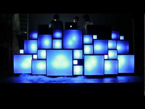 Light-sound-love-Retro-light-box-with-LED-colour-changing-lights-all-middi-up-together-Watch-t-wallpaper-wp4607759-1