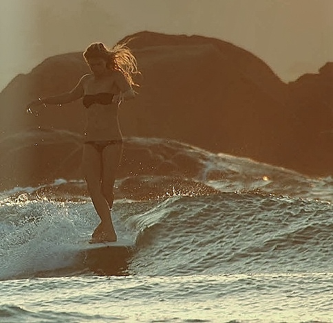 Longboard-at-sunset-wallpaper-wp5208870