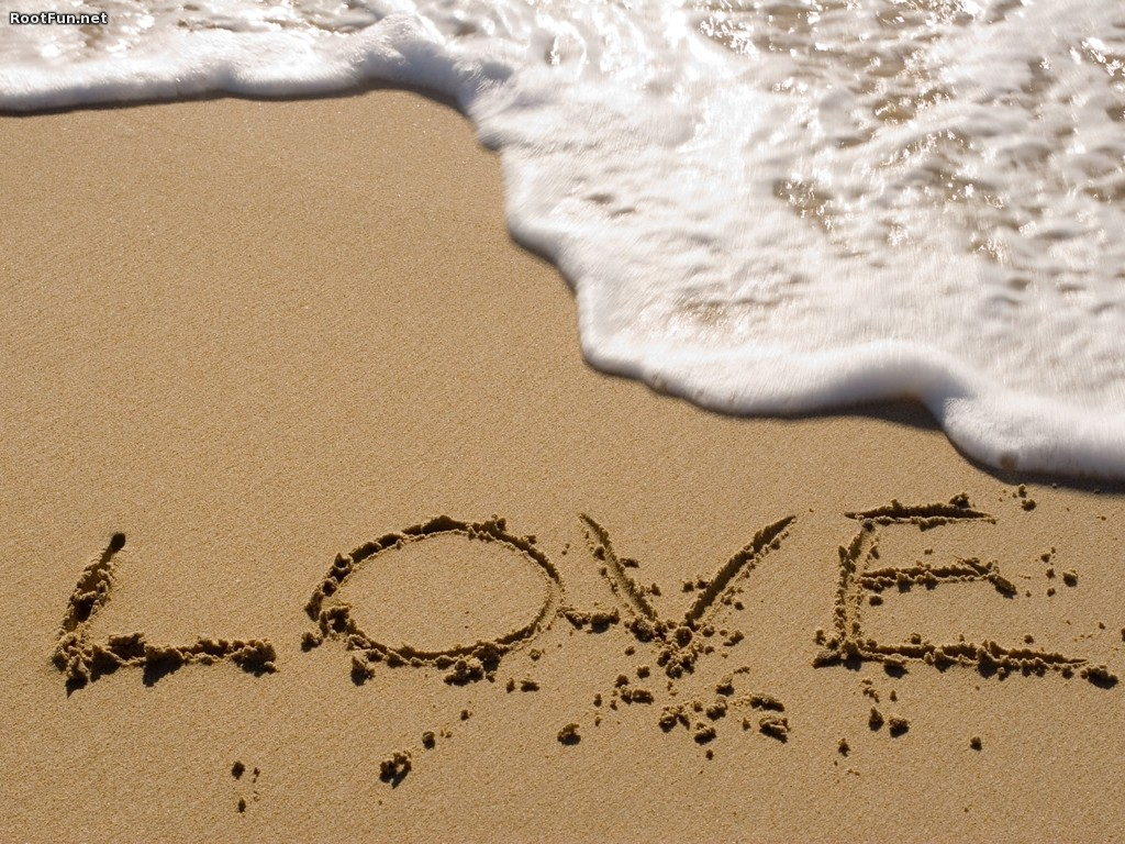 Love-in-the-Sand-Valentine-s-Day-desktop-wallpaper-wp5406830