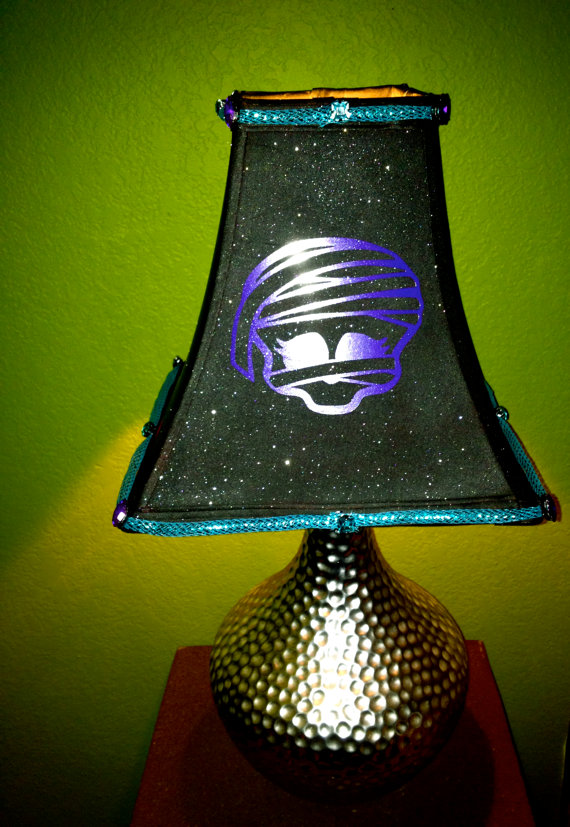 MONSTER-HIGH-Mummy-Head-Embellished-Black-Lamp-Shade-by-GhoulsRule-wallpaper-wp5606833