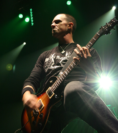 Mark-Tremonti-meet-him-at-airport-in-Chicago-very-nice-guy-wallpaper-wp50010142