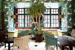 Martinique-Banana-Leaf-in-the-Indocochine-NYC-wallpaper-wp4608128
