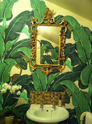 Marvelous-Martinique-Banana-Leaf-ornate-gilded-mirror-wallpaper-wp4608135