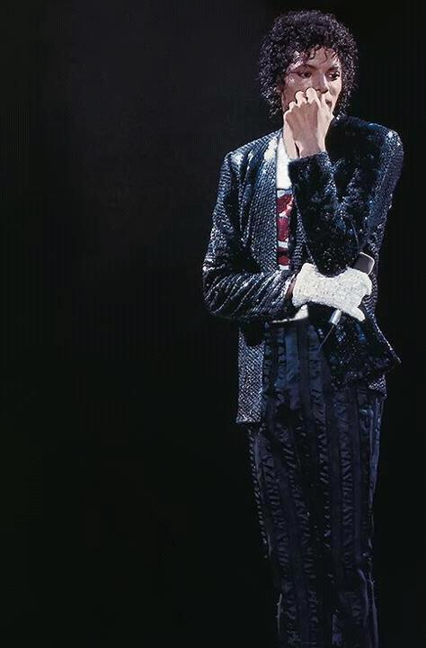 Michael-Jackson-wallpaper-wp421537
