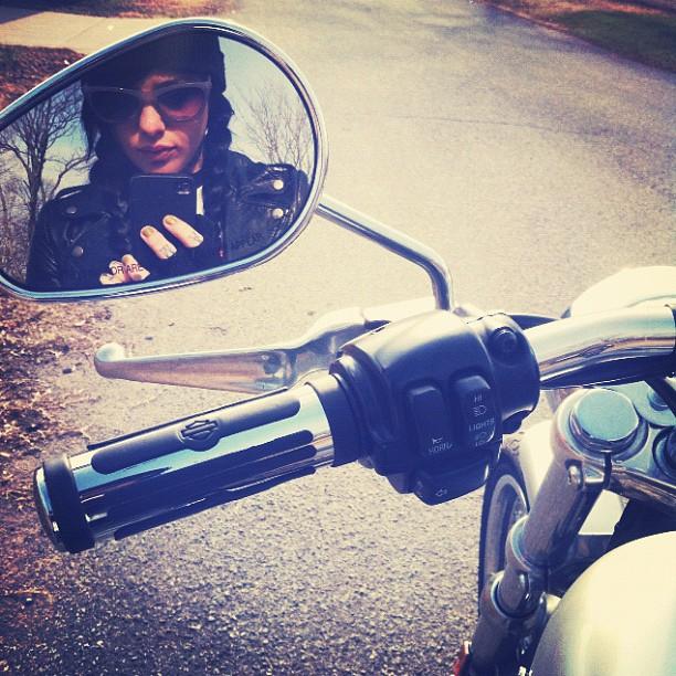 Motorcycle-Radeo-wallpaper-wp50010402