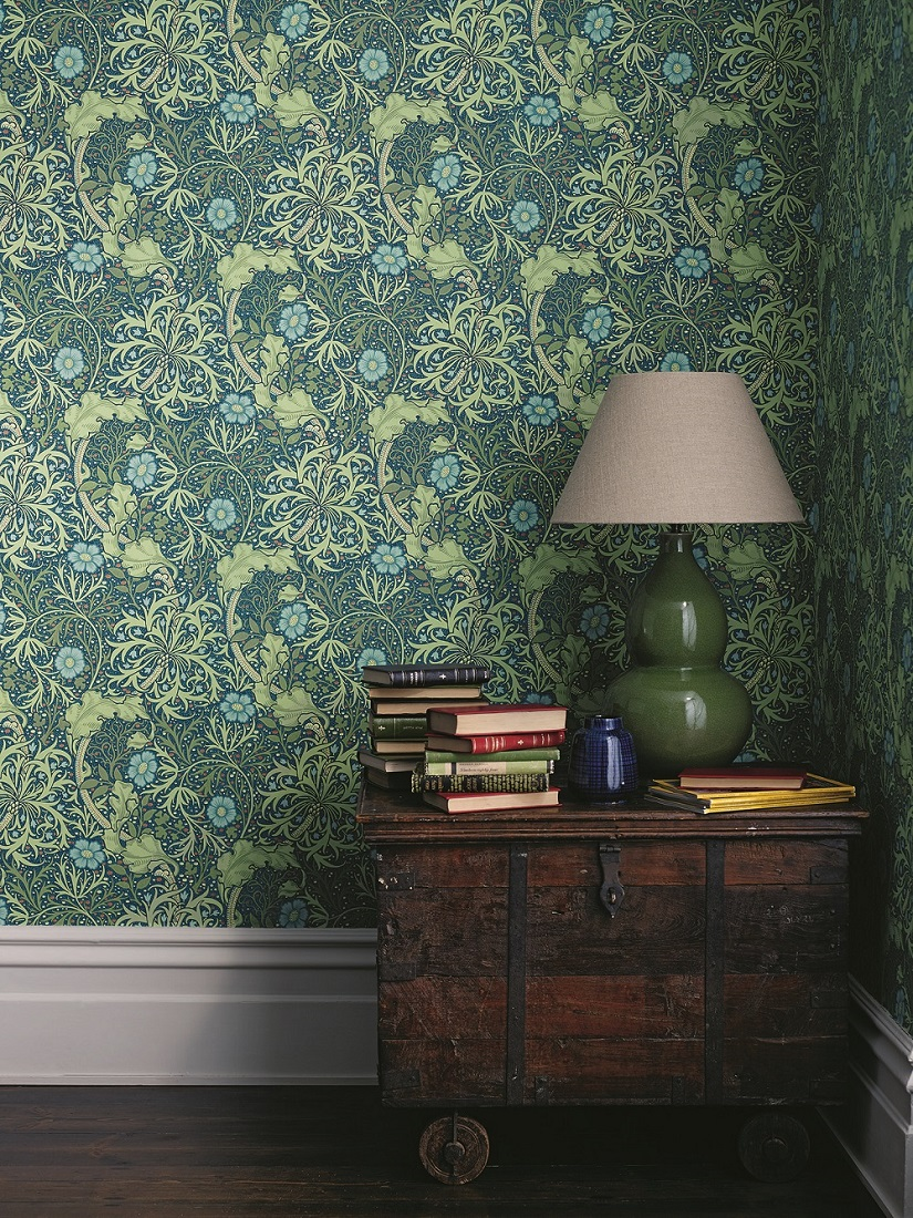 New-colourway-of-this-popular-early-th-century-William-Morris-design-with-a-free-flowing-highly-d-wallpaper-wp3008926