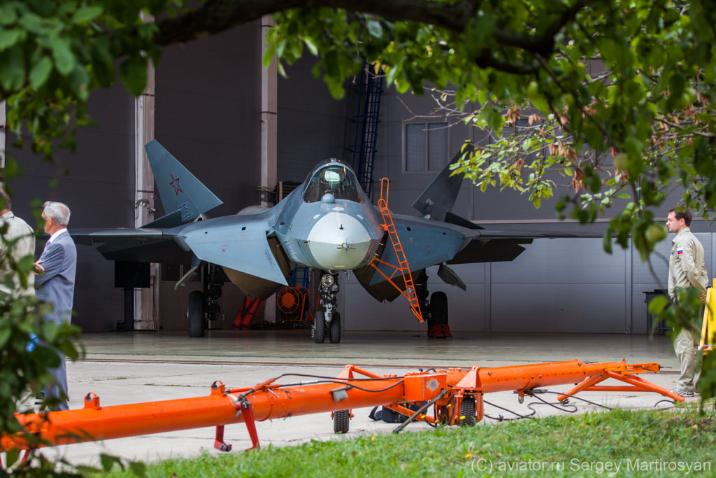 PAK-FA-T-In-the-territory-of-a-flight-test-complex-Sukhoi-Company-Photographer-Marina-Lystsev-wallpaper-wp5201001