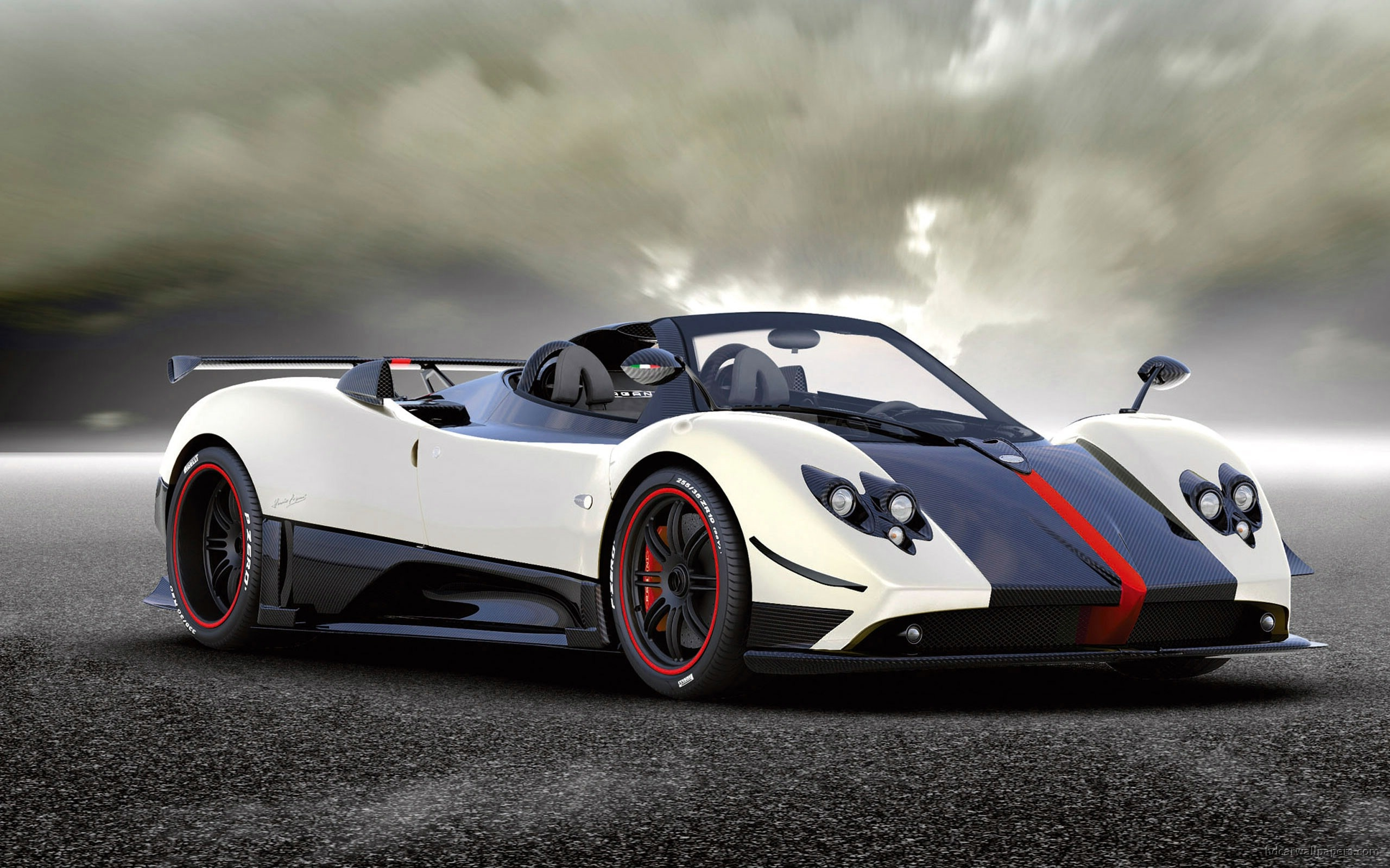 Pagani-car-wallpaper-wp421544-1