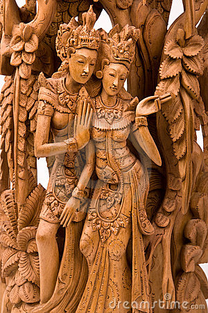 RAMA-AND-HIS-WIFE-SITA-WOOD-CARVING-Not-the-kind-of-carving-I-would-do-but-admirable-craftsmanship-wallpaper-wp5607812