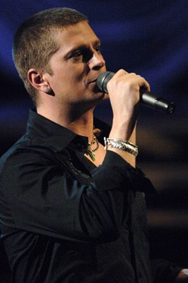 Rob-Thomas-A-real-man-with-a-mans-voice-And-sooo-talented-Drool-wallpaper-wp50011710
