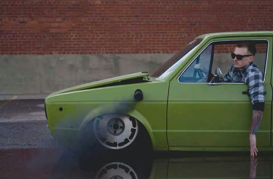 Slammed-VW-rabbit-rollin-coal-wallpaper-wp52011089