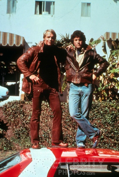 Starsky-and-Hutch-Best-show-ever-Love-Starsky-dark-haired-one-for-you-young-ones-wallpaper-wp429346