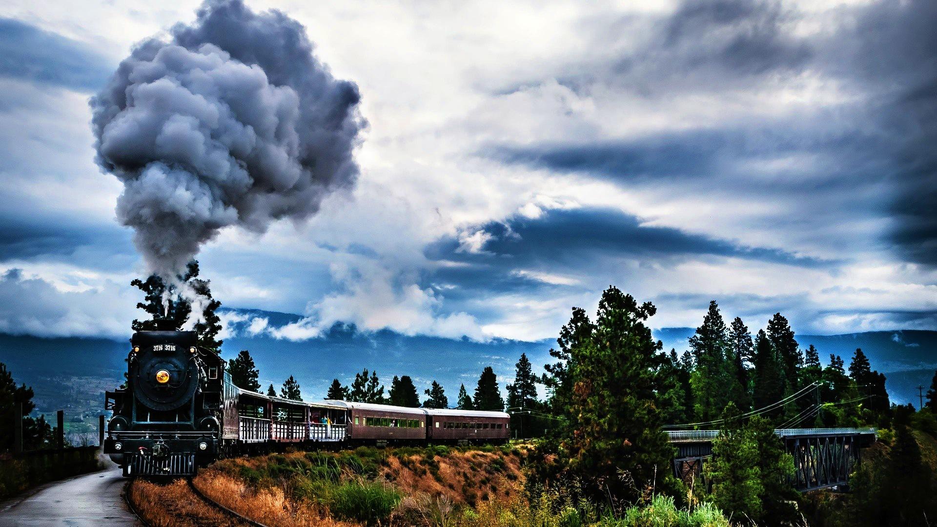 Steam-Locomotive-wallpaper-wp34011031