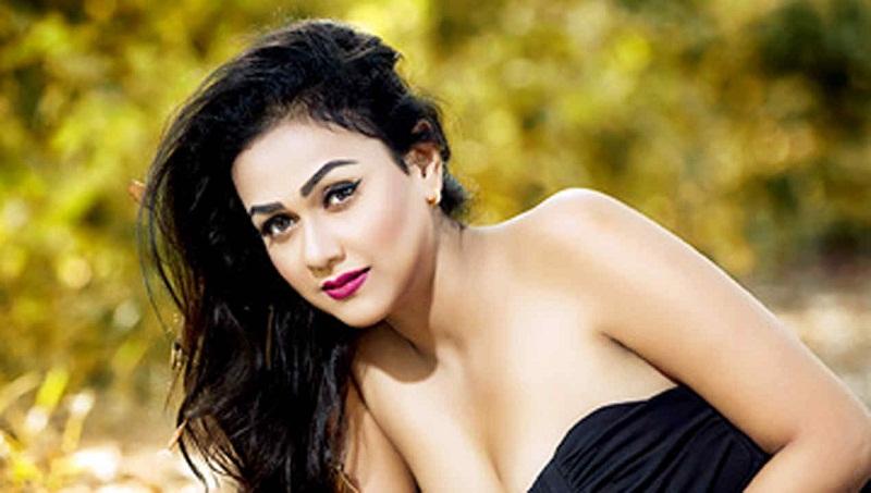 Telugu actor pranitha subhash photos