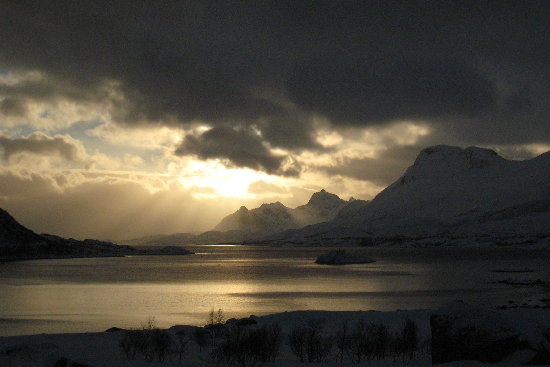 VAUDE-Visions-Wallpapers-for-free-Andreas-Prielmaier-Norway-Lofots-Liland-Scandinavia-wallpaper-wp48011673