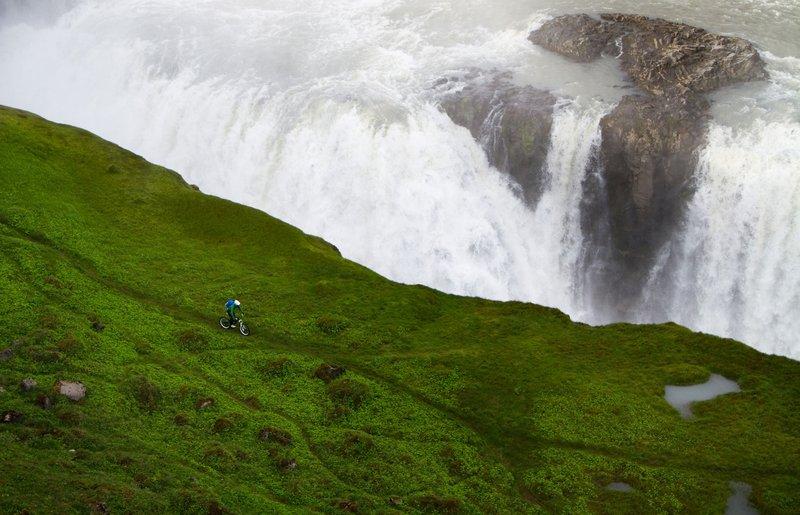 VAUDE-Visions-Wallpapers-for-free-Bastian-Morell-Gullfoss-Iceland-wallpaper-wp48011698