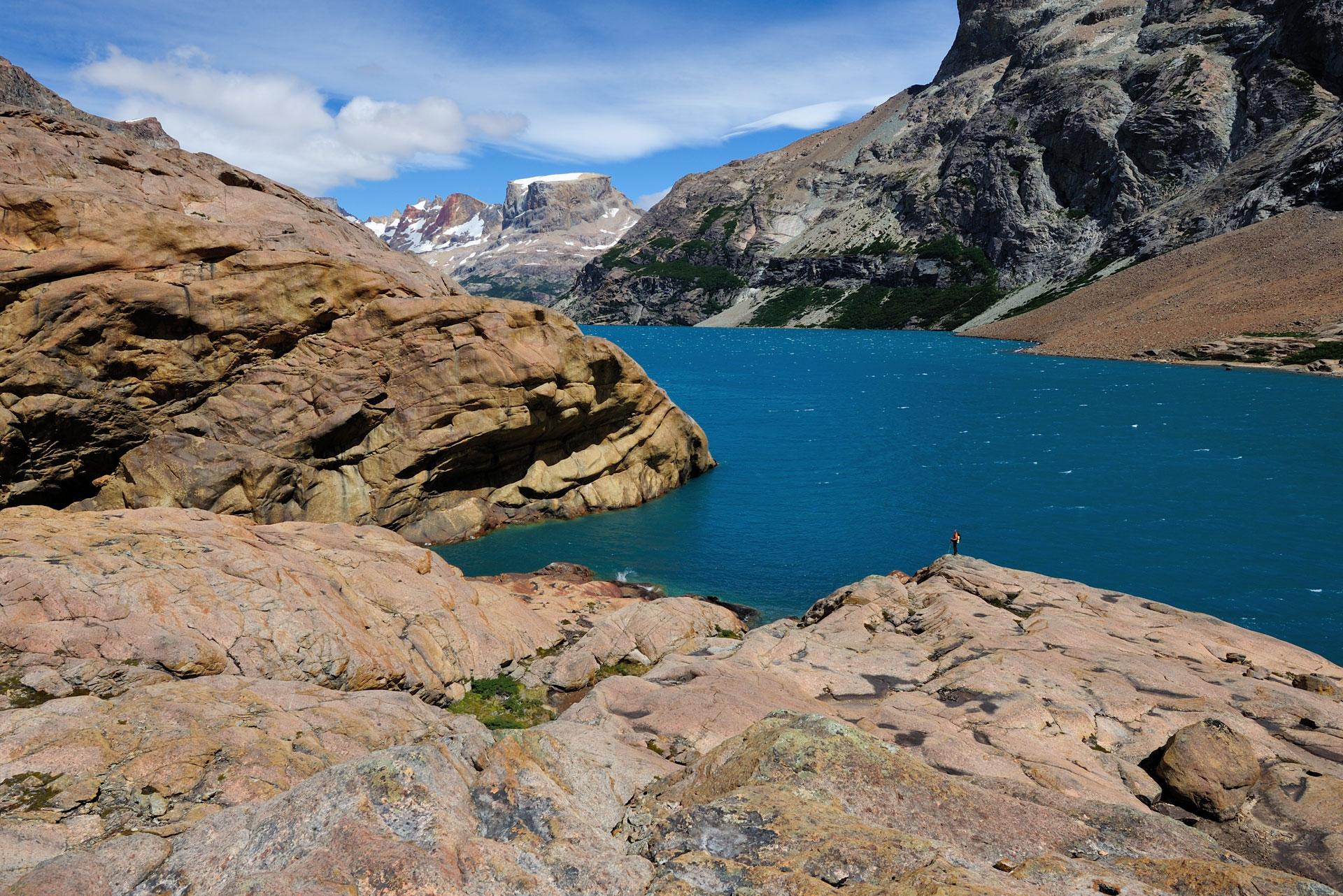 VAUDE-Visions-Wallpapers-for-free-Laguna-Azul-the-blue-lagoon-Patagonia-wallpaper-wp48011658