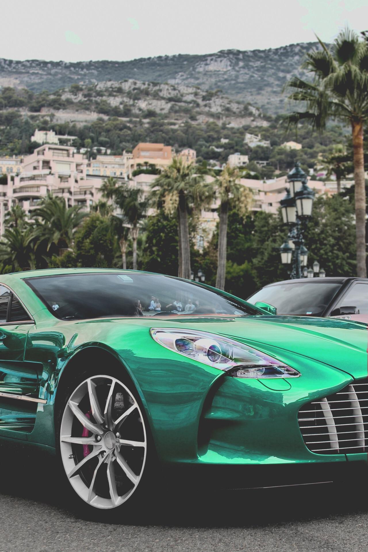 Visit-The-MACHINE-Shop-Café-The-Best-of-Aston-Martin-Emerald-Green-Aston-Martin-wallpaper-wp58010518